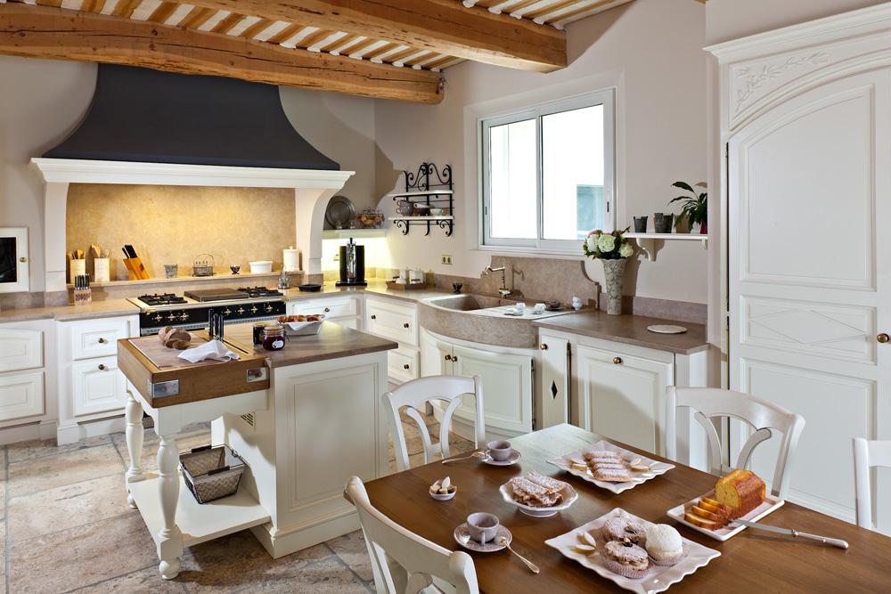 Bydlen ve stylu provence for Provence kitchen design