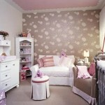 White-and-Pink-Nursery-Wallpaper-Border-Image[1]