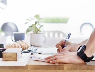 Rezervační smlouva na byt: Jste připraveni ji podepsat?